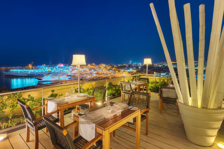 GDM Megaron hotel, restaurant '5th'